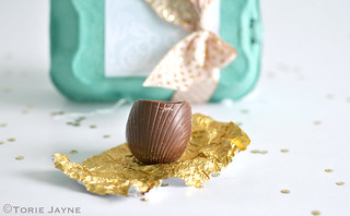 Milk chocolate egg