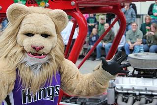 Meet Slamson the Sacramento Kings Mascot