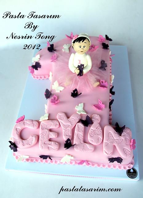 BUTTERFLY 1ST BIRTHDAY CAKE -  CEYLİN