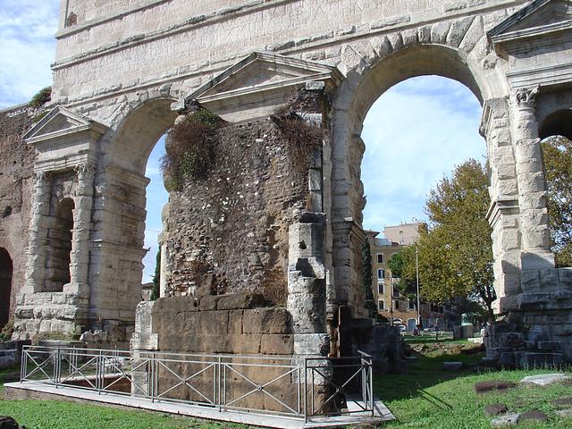 Porta maggiore and the tomb of eurysaces rome flickr - Rome porta maggiore ...