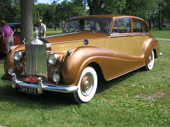 automobile, rolls-royce phantom iii, vehicle, rolls-royce silver dawn, antique car, sedan, classic car, vintage car, land vehicle, luxury vehicle,