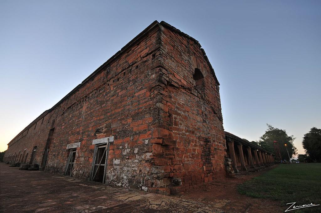Paraguay: hallan restos de un templo jesuita del s.XVII 6875211681_0a448d4e62_b