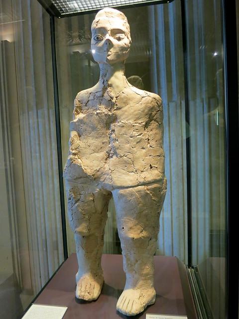 Aïn Ghazal statue, Louvre