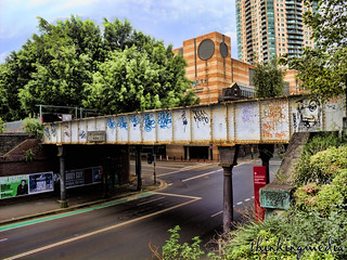 תמונה של John Whitton. road heritage history architecture geotagged central sydney railway australia nsw darlingharbour haymarket ultimo hdr underbridge c1879 utlimo thinkingmedia geo:lat=33881159897954596 geo:lon=15120181300248146