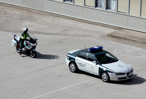 Guardia Civil Tráfico. Alfa Romeo 159 y BMW 1200RT