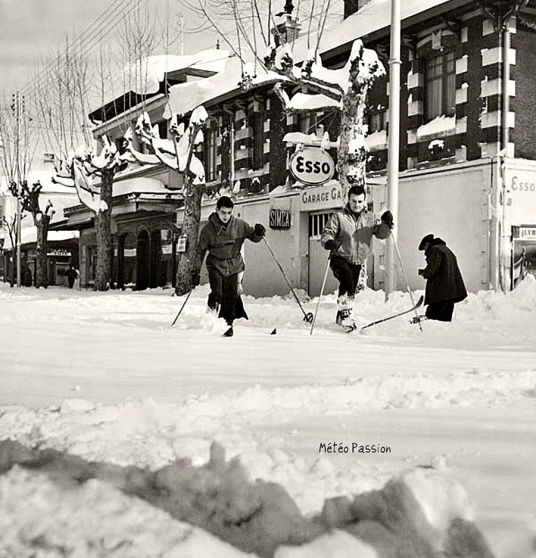 ski avenue Gambetta à Arcachon, lors des abondantes chutes de neige de février 1956 météopassion
