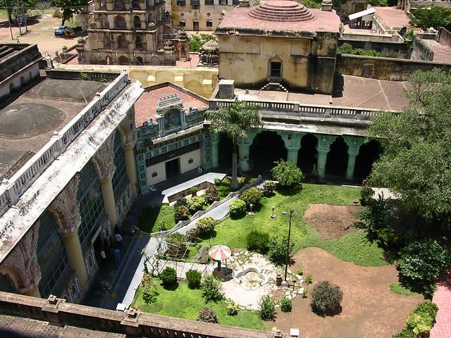 Vista del Patio Real desde la torre de la Campana