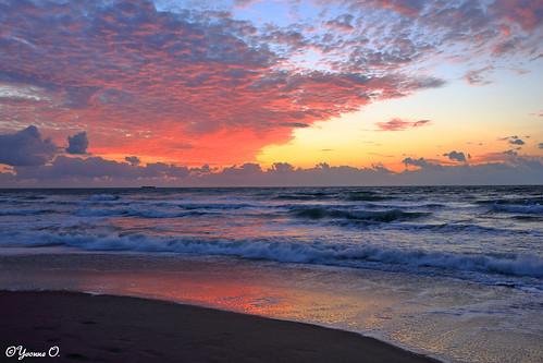 ocean sky reflection beach water clouds strand contrast sunrise landscape meer wasser waves florida himmel wolken sonnenaufgang wellen cocoabeach