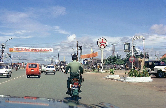 Saigon 1973 - On the way to Tan Son Nhat Airport - Photo by Gene Whitmer