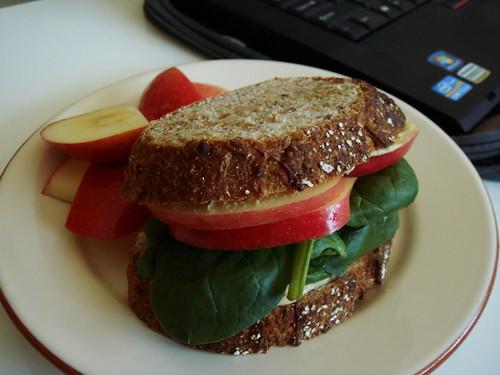 Hummus Spinach Apple Sandwich