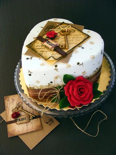 Key to love cake by bubolinkata