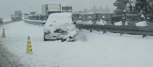 東名 雪 事故