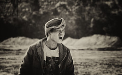 [Free Images] People, Men, Men - Asian, People - Open One's Mouth, Chinese People, Headgear, Black and White ID:201203070400