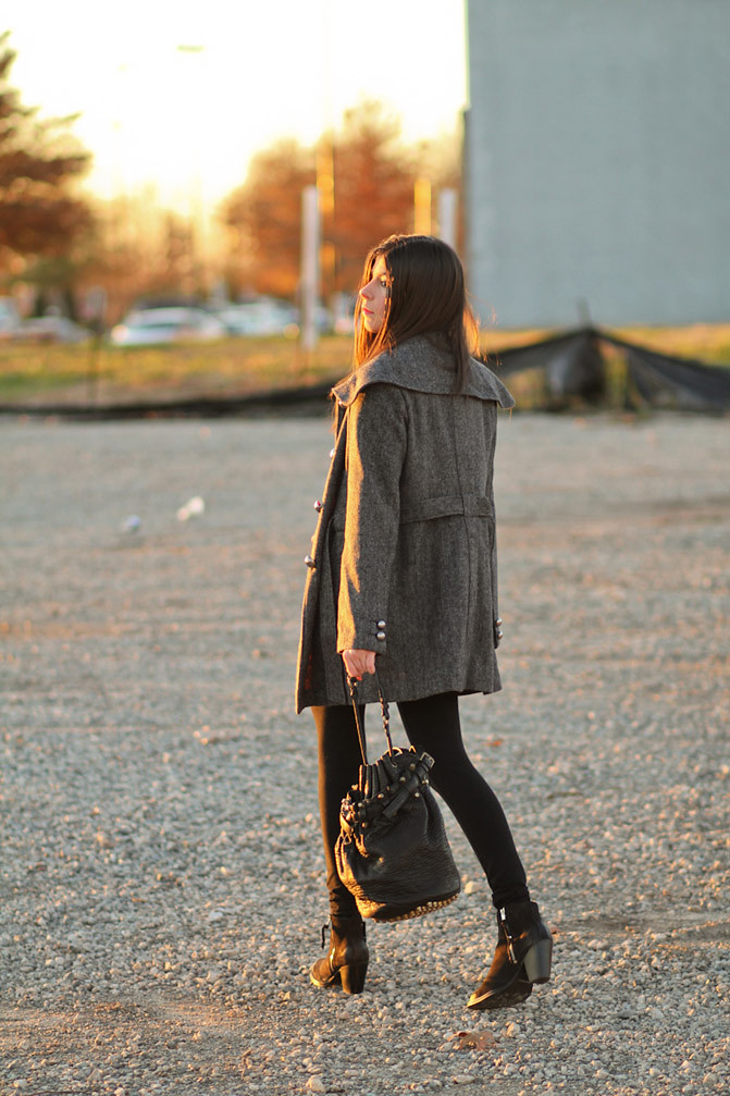 Asos Polka Dot Sweater, Alexander Wang Diego Bucket bag, Topshop Ambush boots, Tulle Coat, Fashion, Outfit