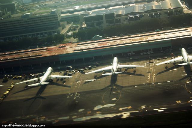 SQ860 - Changi International Airport