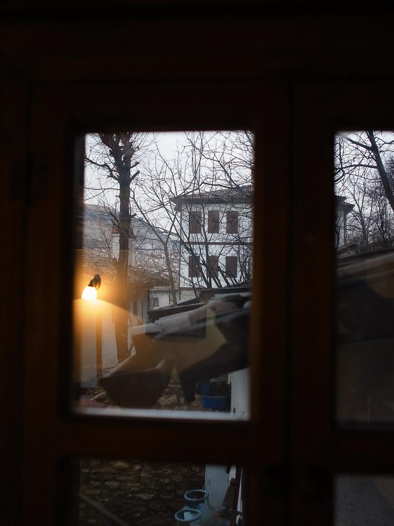 鄂圖曼式民宿早晨的窗外