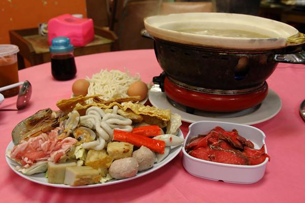 Pinang-Lanta-Seafood-Steamboat