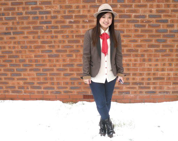 hailey bow snow