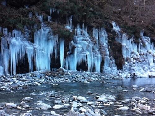 三十槌の氷柱(みそつちのつらら)
