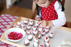 junior kindergarten class valentine treats
