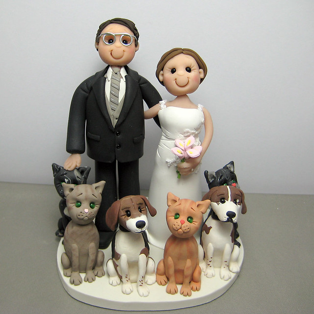 Wedding cake topper cats and dogs