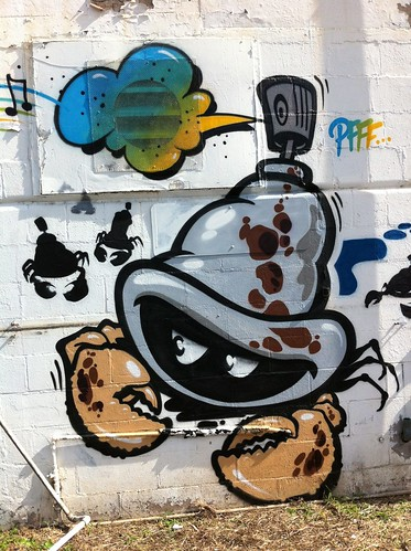 Watch those tagger crabs! Pow Wow Hawaii 2012