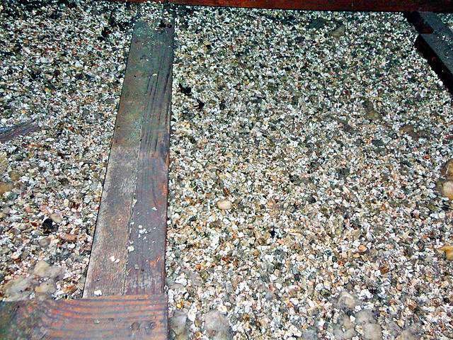 Zonolite Insulation Vermiculite In Attic Flickr