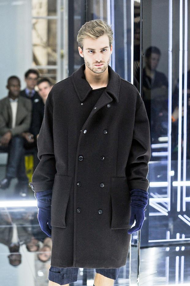 Alexandre Imbert3126_FW12 Paris Cerruti(fashionising.com)