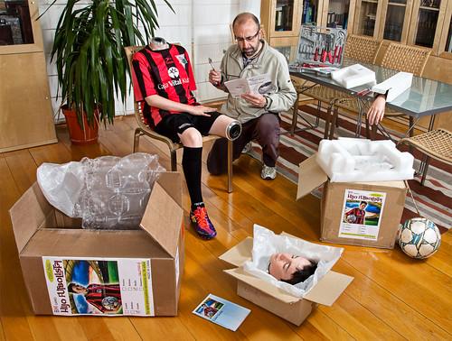 15/52 Por fin llegó el kit de hijo futbolista.