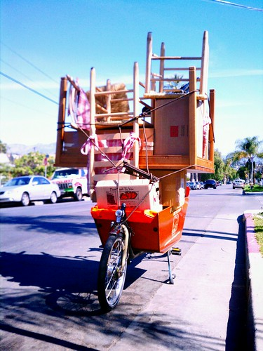 Another angle of Flying Pigeon LA's bakfiets loaded up for the bike move