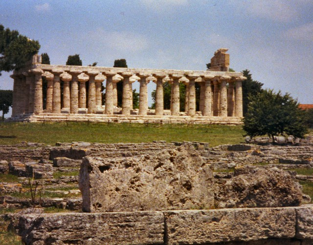 Header of Paestum