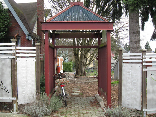 Seattle Rides 1: Winter 2012 - Ravenna Pea-patch Gate