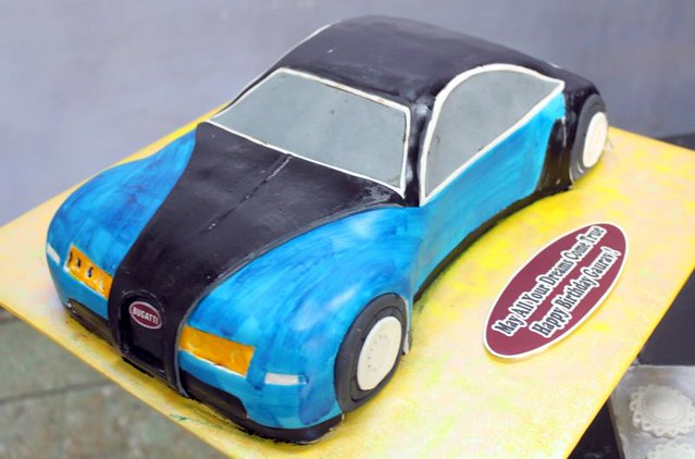 Bugatti Blue Car shaped cake Flickr - Photo Sharing!