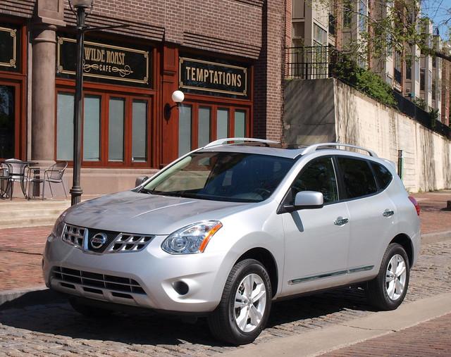 2012 Nissan Rogue 26
