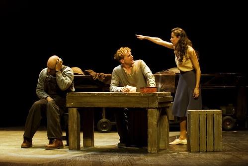 De Ratones y Hombres estreno ABSOLUTO en el ARRIAGA foto ROS RIBAS by LaVisitaComunicacion