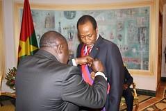 Le Ministre CISSE Bacongo élève Blaise COMPAORE au rang de grand croix
