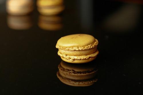 Salted caramel Pierre Herme macaron