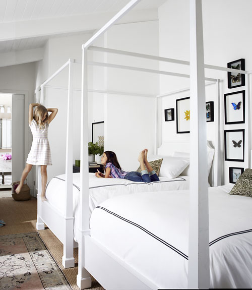 CLX-white-bedroom-wide-open-spaces-0312-xln