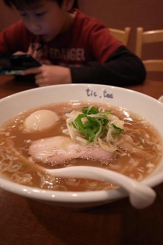tic, tac ら〜めん650円 煮玉子100円