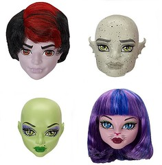 Create-a-Monster Heads : Vampire, Gargoyle, Witch & Cat-Girl