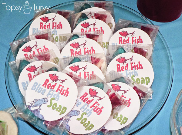 seuss-cat-hat-birthday-party-soap-favors