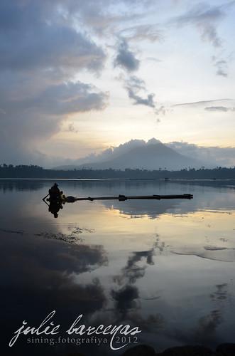 Sampaloc Lake 02