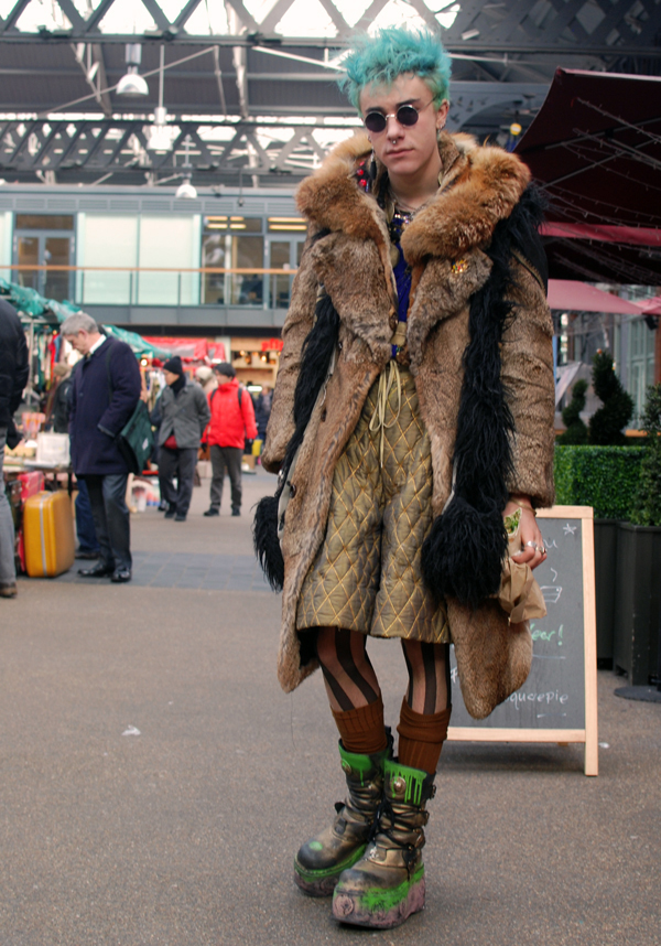 Blade-runner-Meets-Venus-in-Furs
