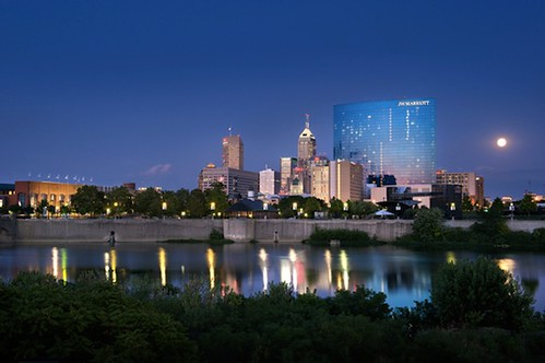 JW Marriott Hotel and Indianapolis skyline (by: Daniel Showalter via The Atlantic Cities)