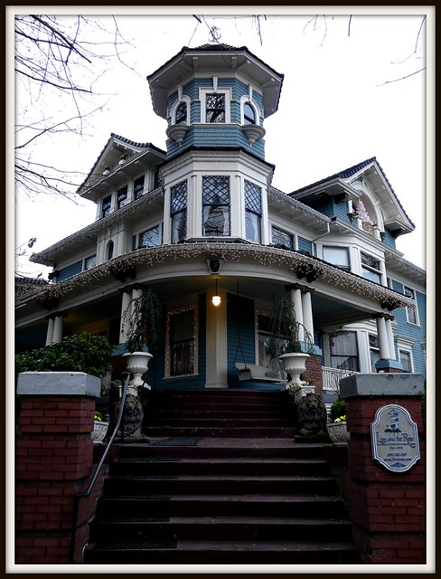 Just Listed...1906 Queen Anne mansion B&B...