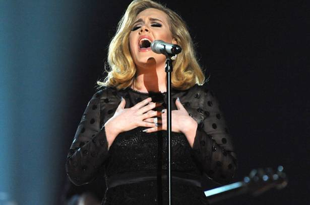 Singer+Adele+performs+Rolling+in+the+Deep+at+the+Grammy+Awards+
