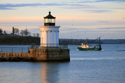 Portland Breakwater Lighthouse by nelights
