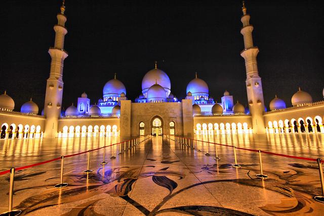 La espectacular Mezquita Sheikh Zayed en Abu Dabi 6887392973_0520eb6fef_z