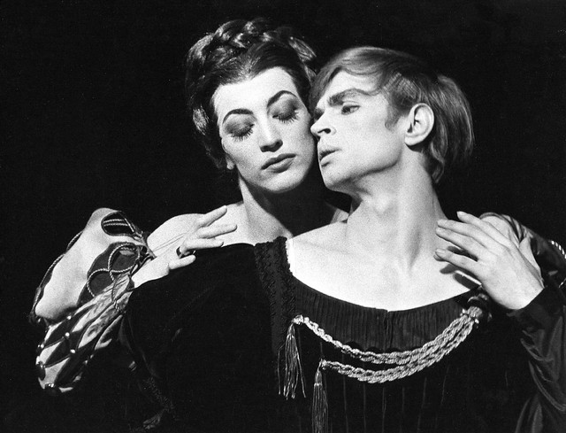 Dame Monica Mason with Rudolf Nureyev in Hamlet (1964) © Donald Southern/ROH 1964