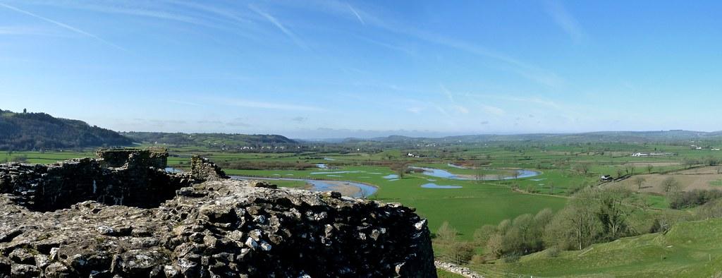 25588 - View from Dryslwyn Castle